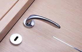 Как сэкономить при покупке входной двери