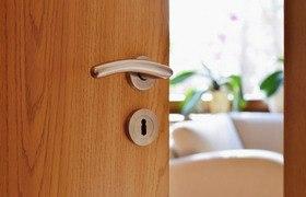 Ламинированные межкомнатные двери – виды, особенности, выбор